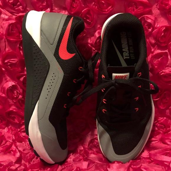 Womens Nike Training Lift Run Jump Cut